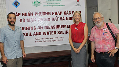 Dr Jason Condon and Dr Susan Orgill at the workshop in Vietnam