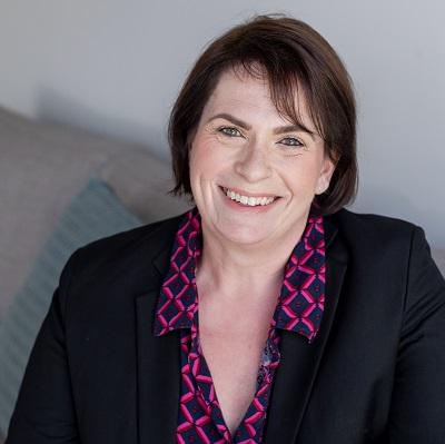 Dr Amber McKinley