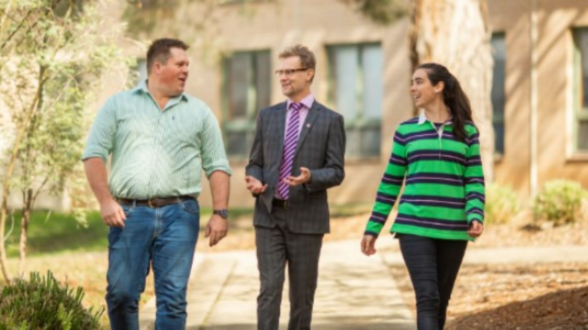 Charles Sturt alumni to reassure students about life after graduation