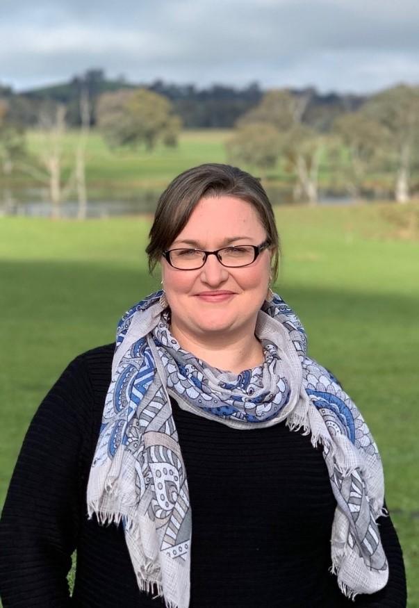 Dr Belinda Cash