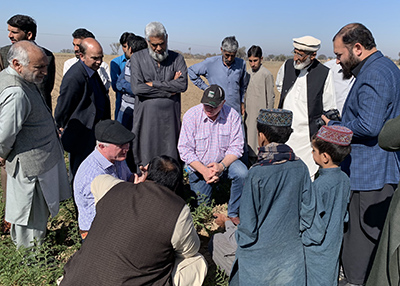 The visit gave an opportunity for Australian farmers to meet with Pakistani farmers