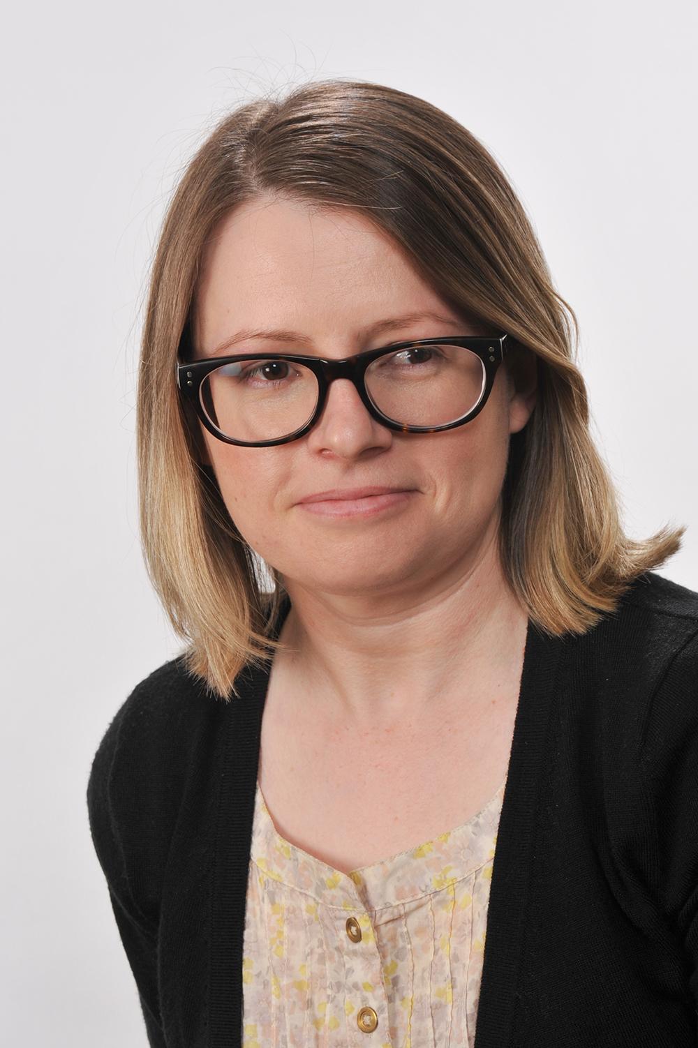 Dr Holly Randell-Moon
