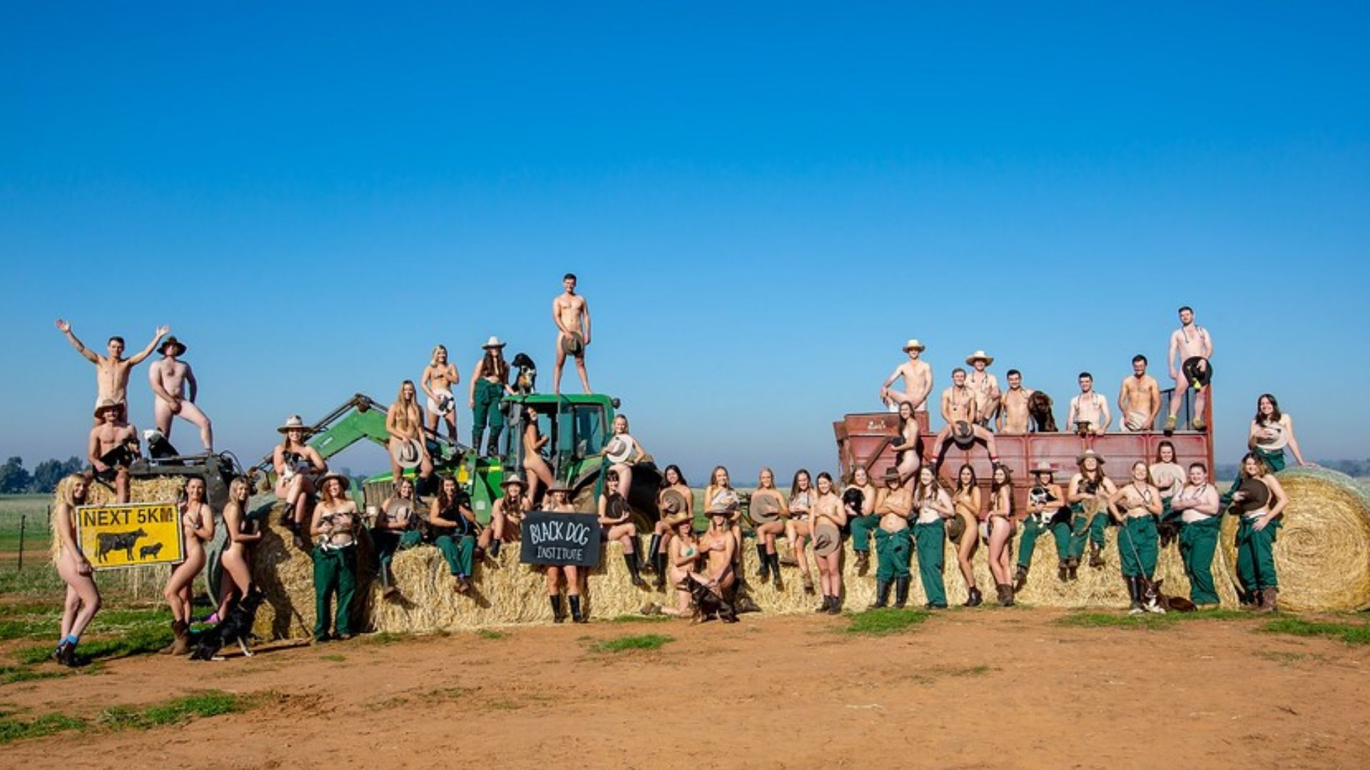 Charles Sturt Veterinary Science students bare all for mental health awareness