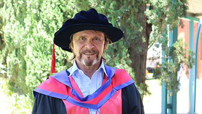 Dr Chris Florides