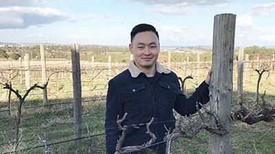 photo of Dr Zeyu Xiao,