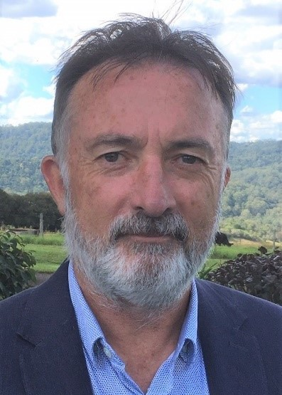 Associate Professor Peter Simmons