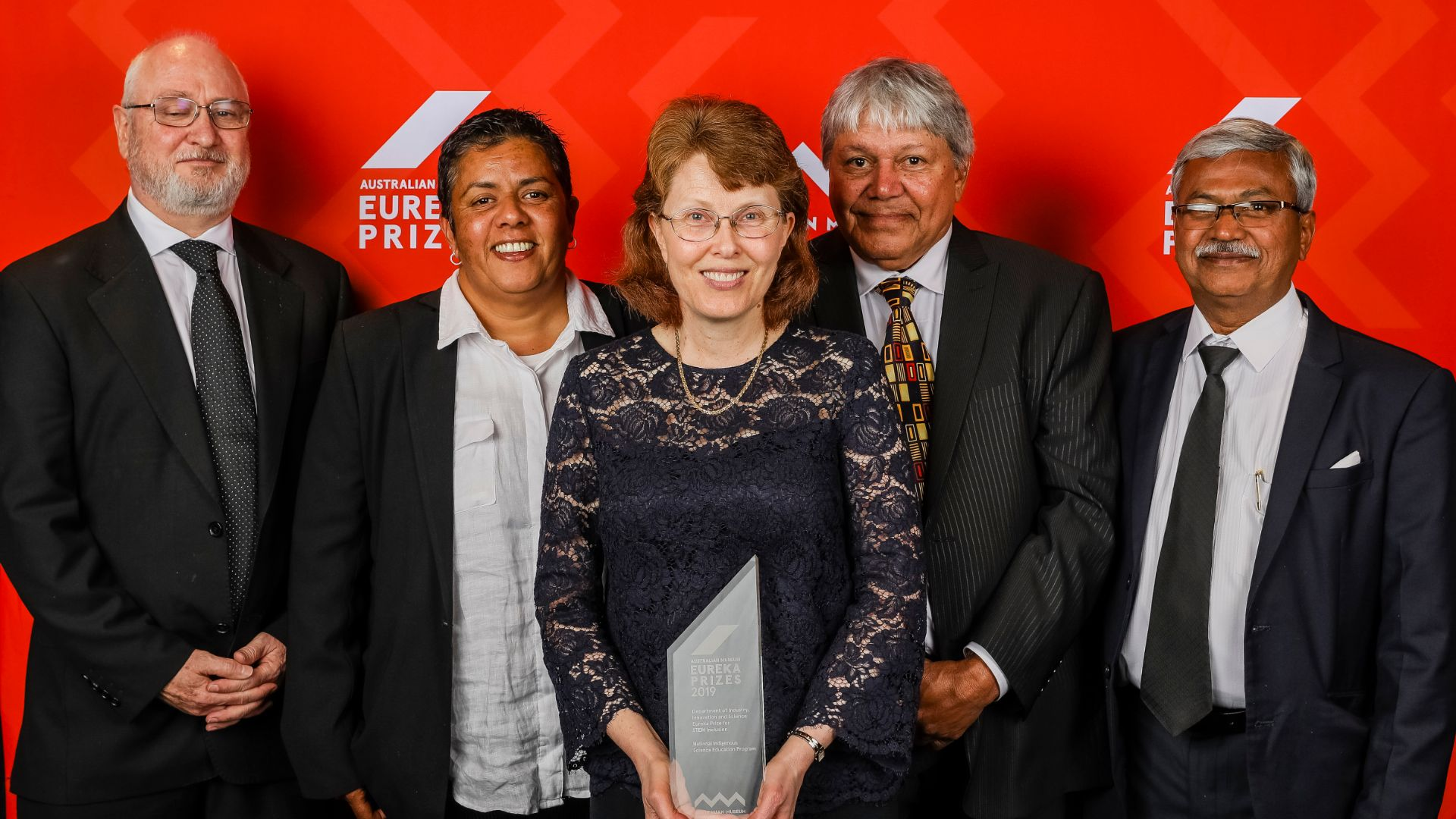 Charles Sturt partnership program wins national award for STEM Inclusion