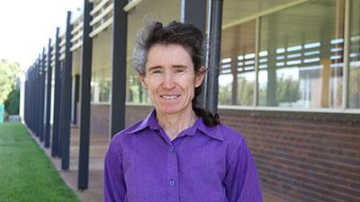 Dr Susan Robertson
