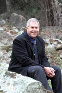 Director of the CSU's Djirruwang Program Mr Wayne Rigby has won a 2007 Mental Health Matters Award.