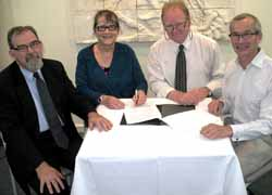 CSU Vice-Chancellor (Academic) Professor Ross Chambers, Chair Broken Hill Higher Education Working Group Marion Browne, Mayor Wincen Cuy and University of Sydney's Broken Hill Department of Rural Health Head Professor David Lyle. Photo courtesy of Borken Hill City Council.