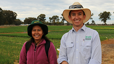 CSU PhD student Jhoana Opena and Chris Minehan RMS Agricultural Consultants and GRDC Regional cropping Solutions Network