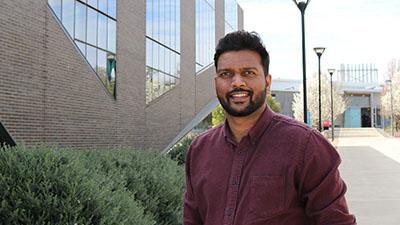 Dr Abishek Santhakumar