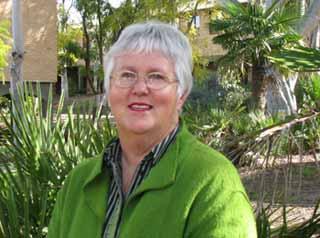 Dr Maree Bernoth
