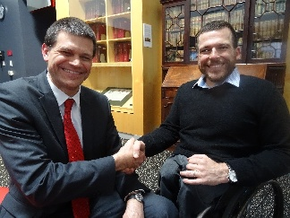 Kurt Fearnley and V-C