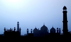 Islamic sky silhouette_250x150