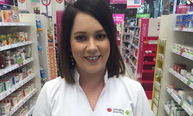 Pharmacy graduate wins company award