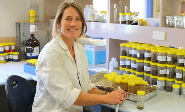 Biochemist alumna recognised in prestigious national awards program