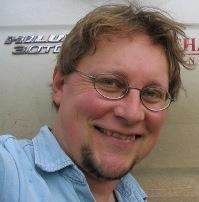 Associate Professor Peter Spooner