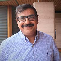 Dr Mobushir Khan
