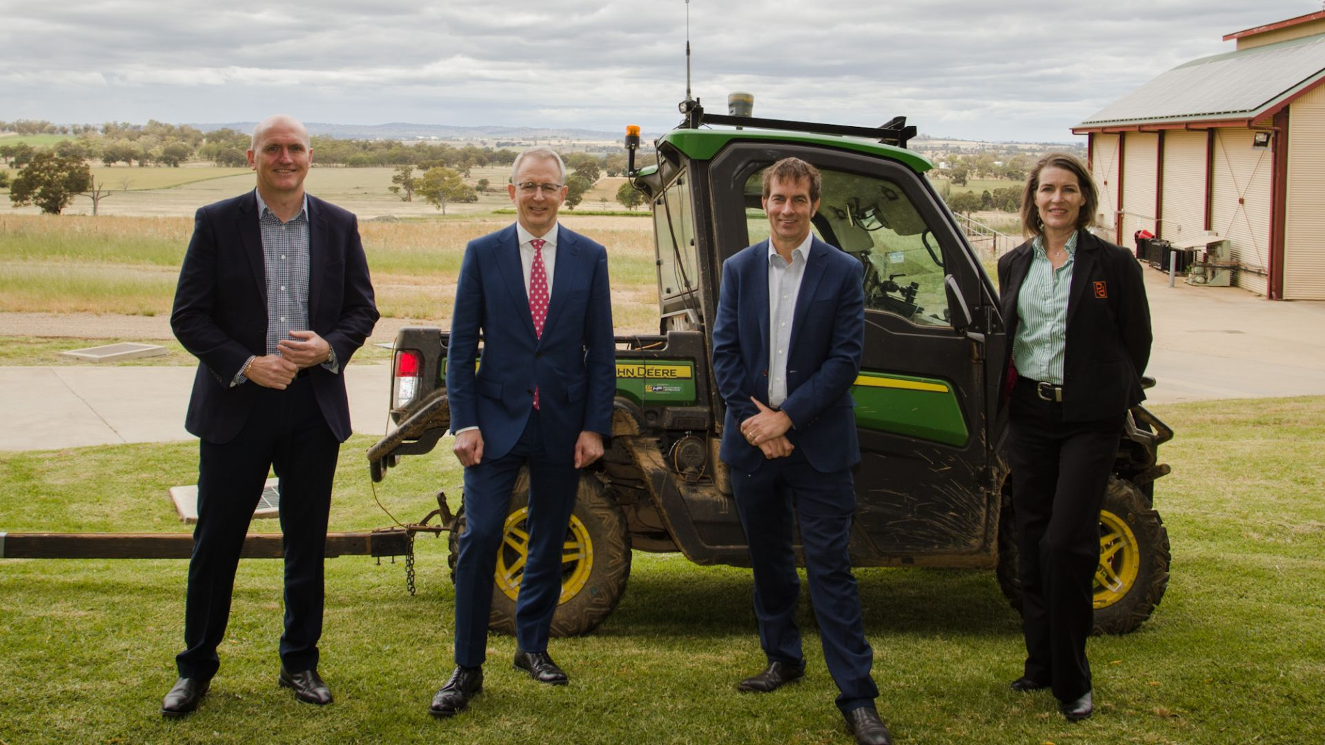 Minister Fletcher and Senator Davey witness a new age of farming in Wagga Wagga