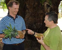 CSU's Dr Geoff Burrows (left) and Dr John Harper have created the Supermarket Botany site.