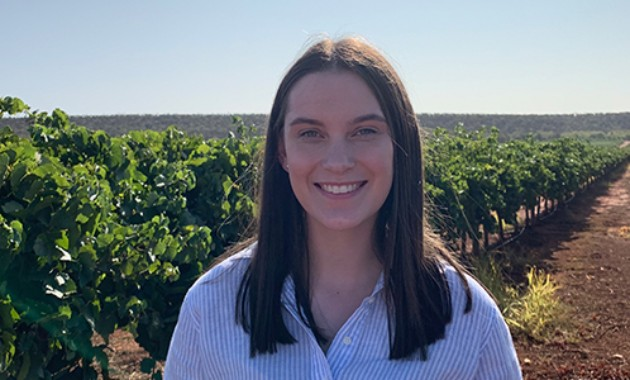 Charles Sturt agricultural student named recipient of $10,000 AgriFutures scholarship