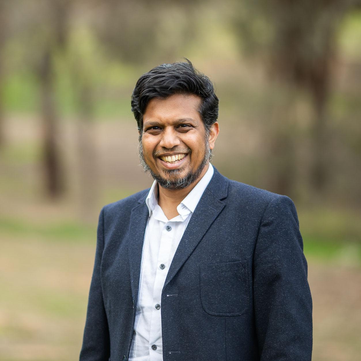 Associate Professor Zahid Islam