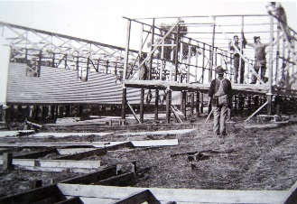 Archive photo of army troops working on site