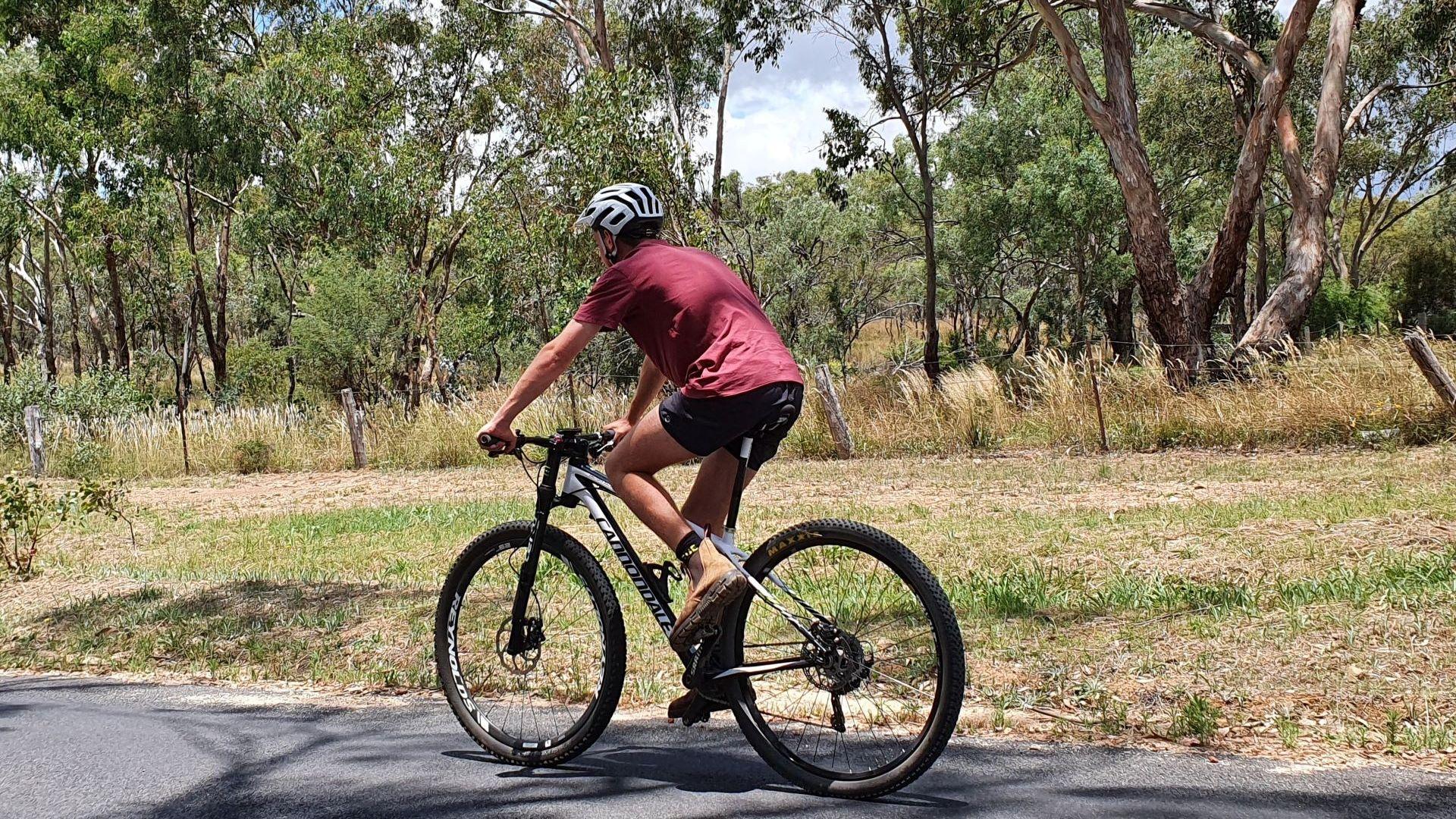 Riding a bike in regional NSW? Researchers seek your opinion in survey