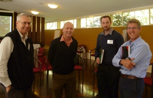 The organizers Allan Curtis and Tony Jakeman are in discussion with Chris McAuley (DSE, Victoria) and Adam Sluggett (MDBA) at MAR workshop at ANU, Canberra