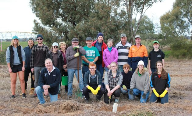 Call to join Charles Sturt's two-day celebration of National Tree Day in Wagga
