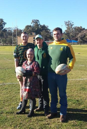 Head of CSU in Wagga Wagga  Ms Miriam Dayhew with members of the Wagga Ag College Rugby Club