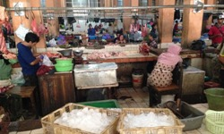 Bandung traditional wet markets photo courtesy Mr Elliott O'Farrell